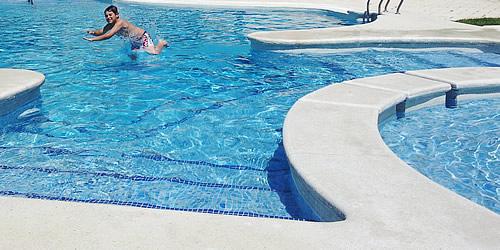 La electr lisis salina como m todo de desinfecci n del for Cantidad de sal para piscinas